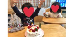 ケーキに喜ぶ子ども達